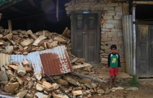 nepal-earthquake-child-rubble